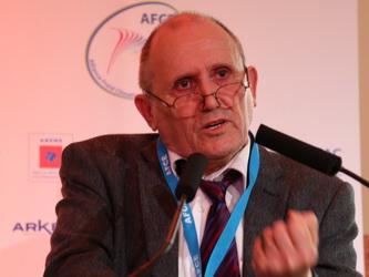 De La Commission CFC à L'AFCE Par D. Clodic